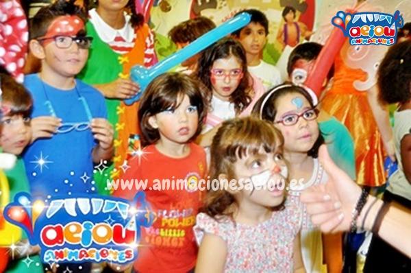 Fiestas infantiles de Navidad en Málaga